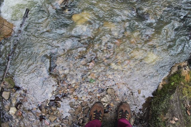 Jahresrückblick 2016: Schuhe im Wasser