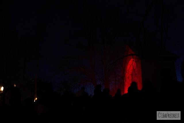 Pottenstein Ewige Anbetung 2017_Dunkelheit an der Kreuzkapelle