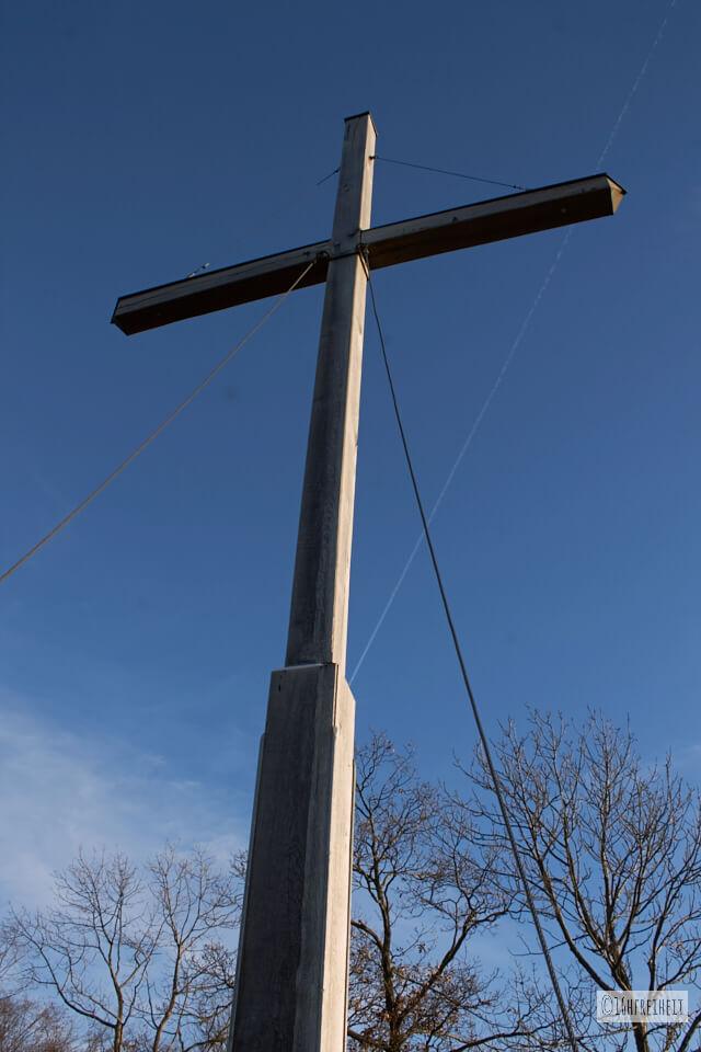 Zuckerhut bei Birkenreuht_Gipfelkreuz