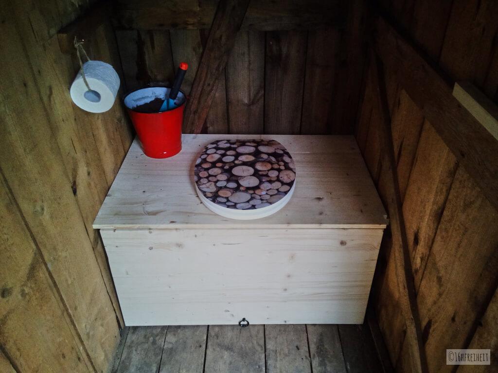 wenn das stille rtchen fehlt komposttoilette f r den garten selber bauen 16hfreiheit. Black Bedroom Furniture Sets. Home Design Ideas