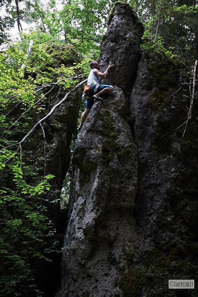 5 Tipps für Anfänger: So machst du schönere Fotos beim Klettern_Felsnadel